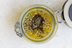 Spruce up your salad game this summer with this lip-smacking Lemon Garlic Salad Dressing. It has a refreshing shot of mustard, olive oil and lemon juice. Lemon Garlic Salad Dressing Recipe, Lemon Salad Dressings, Salad Dressing Recipes, Strawberry Vinaigrette, Citrus Vinaigrette, Mango Salad, Kale Salad, Quinoa Salad, Lemon Bars Healthy