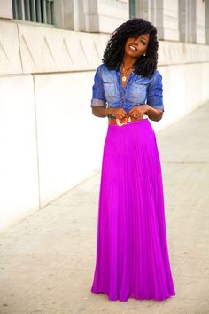 http://www.rougeframboise.com/mode/comment-porter-les-maxi-jupes  #jupe #mode #fashion