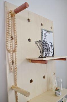 van het kastje naar de muur.: DIY wandbord (gezien in Eigen Huis & Tuin)