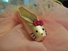 Hello Ballet Kitty, the world needs more pointe shoe art