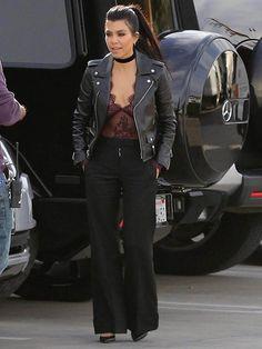 Kourtney Kardashian pantalona e body