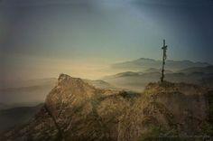 'Das Kreuz in den Bergen. ' von Marie Luise Strohmenger bei artflakes.com als Poster oder Kunstdruck $19.41