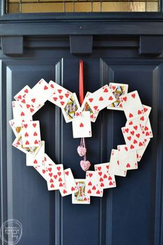 DIY Valentine's Wreath (from old playing cards!) – Refresh Living I don't usually decorate for Valentine's Day, but this wreath looks so easy! Time to save those decks of cards that are missing cards to use for this. Diy Valentines Day Wreath, Valentines Day Party, Valentines Day Decorations, Valentine Day Crafts, Love Valentines, Holiday Crafts, Holiday Ideas, Printable Valentine, Homemade Valentines