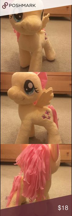 MY LITTLE PONY Fluttershy 2012 Hasbro Plush Animal In mint condition My Little Pony Accessories