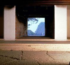 casa malaparte, the fireplace with vue.Nel libro di Axel Munthe si fa riferimento a questo camino dal quale si possono ammirare i faraglioni.