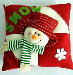 *** Paper Christmas Decorations, Christmas Craft Projects, Fun Projects, Christmas Crafts, Xmas, Christmas Ornaments, Holiday Decor, Pillow Pals, Christmas Stockings