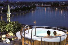 Guide par ville- Que faire de Bâle pendant BASELWORLD 20153  Pour plus d'inspiration: http://www.ideesdecomaison.ch/  #hotel #luxe #ideesdecomaison