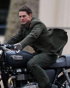 """""""All You Need Is Kill"""" com Tom Cruise ganha imagens e vídeo dos bastidores http://cinemabh.com/imagens/all-you-need-is-kill-com-tom-cruise-ganha-imagens-e-video-dos-bastidores"""