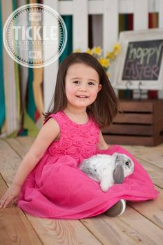 Easter Mini Photo Session. Bunnies. Kids. Tickle Photography.
