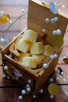 Rum Fudge Recipe, Fudge Recipes, Candy Recipes, Peanut Butter Balls, Peanut Butter Fudge, Krispie Treats, Rice Krispies, Candy Photography, Great Christmas Gifts