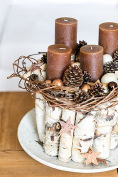 How To Make Christmas Centerpiece Brown Candles Christmas Advent Wreath, Christmas Candles, Outdoor Christmas, Christmas Time, Christmas Crafts, Rustic Christmas, Christmas Arrangements, Christmas Centerpieces, Xmas Decorations