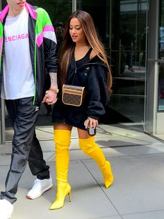 Ariana Grande stuns in canary yellow over the knee boots Ariana . - Ariana Grande stunned in canary yellow over the knee boots Ariana Grande stunned in c - Ariana Grande Fotos, Ariana Grande Pictures, Ariana Grande Style 2018, Ariana Grande Hair Color, Ariana Grande Nails, Ariana Grande Body, Ariana Grande Concert, Festival Looks, Ariana Grande Wallpaper