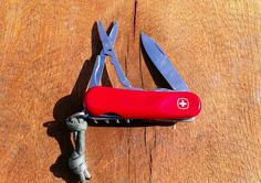 Wenger Evolution 14 - Swiss Army Knife