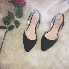 a68288e726e ☀️Spring Price Drop ☀ H M flats worn once all black sling a - Depop