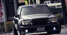 Mercedes E 500, Classic Mercedes, Mercedes Benz Cars, Cls 63 Amg, E55 Amg, Merc Benz, Car Tuning, Big Black, Vroom Vroom