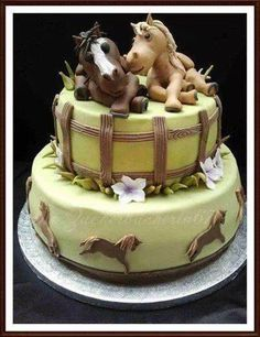 I am so in love with this cake!!!