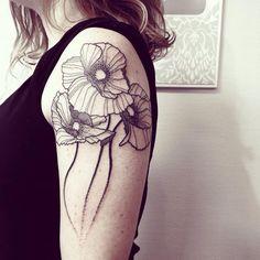 Wild Poppies Done @iconebodyart - Rouen #wildstyleflower #flowerstattoo  #fleur #tatouagedefleur #tatoueur #tattooer #tattooer #tattooartist #tattooart #tattoodesign #artistetatoueur #inkedbyguet #design #dotwork #dotworker #dotworktattoo #designtattoo #guet #graphism #graphictattoo #blackwork #blacktattoo #blackworker #blacktattooart #sorrymummytattoo #iconebodyart #tattrx #tttism