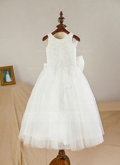 [AU$ 80.95] A-Line/Princess Knee-length Flower Girl Dress - Satin/Tulle Sleeveless Scoop Neck With Bow(s) (010094047)