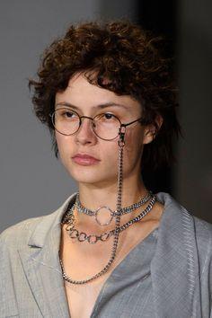 Anne Sofie Madsen at Paris Fashion Week Spring 2017 - Details Runway Photos