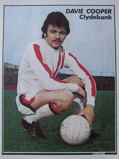 Davie Cooper of Clydebank in Rangers Football, Rangers Fc, British Football, Retro Football, Leeds United, Old Photos, The Past, Soccer, Glasgow