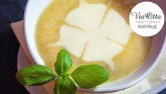 Krem grzybowy z aromatyczną oliwą truflową. Zapraszamy do Via Otta! www.viaotta.pl