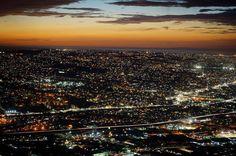 #Tijuana una ciudad llena de colores #BajaCalifornia #VisitTijuanaBC #Night #Noche #LoMejorEnBC #DescubreBC Aventura por _efeandrade