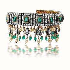 Amrapali choker in Diamonds & Emerald