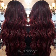 Shadow root red hair. Balayage beach waves