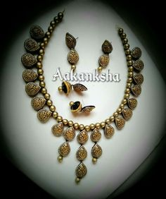 Saree Jewellery, Thread Jewellery, Diy Jewellery, India Jewelry, Fashion Jewellery, Jewellery Making, Jewelry Design, Women's Fashion, Ceramic Jewelry