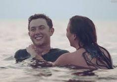 Är Lauren Alaina och Scotty McCreery dating 2014
