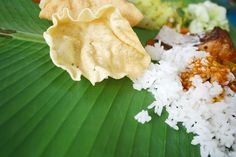 Why people eat with their hands in Kerala. People Eating, Kerala, Snack Recipes, Spices, Chips, Hands, Bread, Blog, Appetizer Recipes