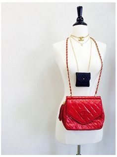 Vintage Chanel classic red leather shoulder bag!!! Hedyjp.com