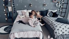 H&M Home offer a large selection of top quality interior design and decorations. Find the right accessories for your home online or in-store. Teenage Room, H & M Home, Kids Bedroom, Kids Rooms, Nordic Design, Interior Design Inspiration, Office Decor, Decor Styles, Dreaming Of You