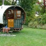 Image from http://tinyhousetalk.com/wp-content/uploads/Trillium-Vardo-Caravan-Wagon-001-150x150.jpg.