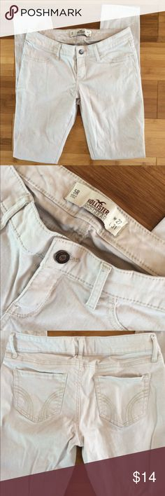 hollister skinny khakis  super soft khaki material. new w/o tags, never worn bc they're not my size. says size 5 on tag Hollister Pants