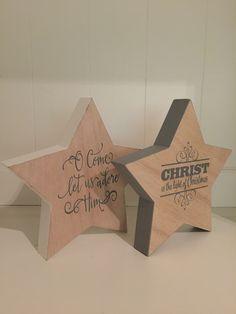Mooie houten sterren van dik hout. Met tekst.Elke tekst is mogelijk.