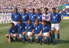 #FWC94 // Nazionale Italiana // Pasadena, 17 luglio 1990 // Brasile - Italia (3-2 dcr) // In piedi: Maldini, Casiraghi, Costacurta, Berti, Pagliuca, Baggio D.; Accosciati: Donadoni, Albertini, Baggio R., Mussi, Benarrivo //