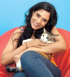 Richa Chaddha with her pet cat. Pic/mid-day archives | #indipin