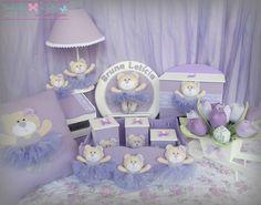 DSCF4792 | Flickr – Compartilhamento de fotos! Kit Bebe, Baby Kit, Baby Girl Crochet, Baby Makes, Felt Diy, Beauty Box, Decoupage, Toddler Bed, Banner