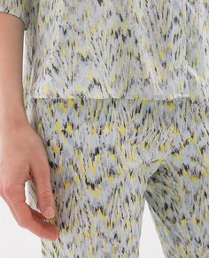 PRINTED TROUSERS WITH ZIP HEM from Zara