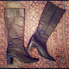 "Worthington Leather Boots Tall, brown genuine leather boots by Worthington. A winter classic! Flexible calf to accommodate a variety of widths, mid-height stacked heel. 12"" shaft, 2.75"" stacked heel. Gently worn, great condition, a wardrobe staple! Worthington Shoes"