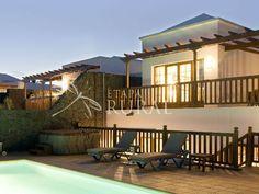 Villas de alquiler integro en Lanzarote (Las Plamas-Canarias). Villas para 3 o 6 personas. Piscina privada y jacuzzi. ------ Maisons en location complète à Lanzarote (Canaries-Espagne). Maisons pour 3 ou 6 personnes. Piscine privée et jacuzzi.