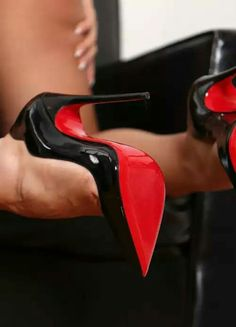 Only redsole high heels. Only redsole addicted minds. Louboutin and others. Louboutin Pumps, Pumps Heels, Stiletto Heels, Women's Shoes, Mode Shoes, Shoe Boots, Jimmy Choo, Sexy Stiefel, Frauen In High Heels