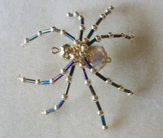 Beaded Spider by Judy Griffith of Juniquegoods. Should this not be your color, message me and I will make one that is to your specifications. SB: $8.00 S&H: $3.00 to USA, $6.50 to Canada PayPal is payment method.