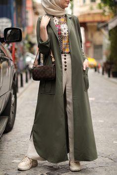 Muslim Fashion, Hijab Fashion, Fashion Outfits, Summer Outfits, Casual Outfits, Pantalon Large, Hijab Chic, Couture Sewing, Mode Hijab