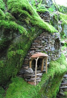 "Another view of the ""Emerald Moss Faerie House"" courtesy of the artist, Sally J. - All For Garden Fairy Tree Houses, Fairy Garden Houses, Gnome Garden, Fairy Doors, Miniature Fairy Gardens, Garden Crafts, Faeries, Garden Inspiration, Home And Garden"