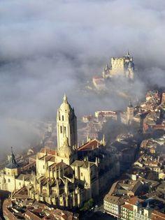 Catedral-y-Alcazar-Segovia desde el aire