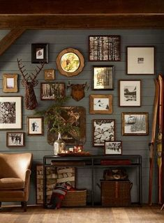 Rustic lodge decor wall plus real mount rustic lodge decor country cabin decor rustic rustic cabin . rustic lodge decor image of lodge cabin Chalet Chic, Ski Chalet Decor, Chalet Style, Sweet Home, Cabin Interiors, Hunting Lodge Interiors, Hunting Lodge Decor, Hunting Rooms, Hunting Bedroom