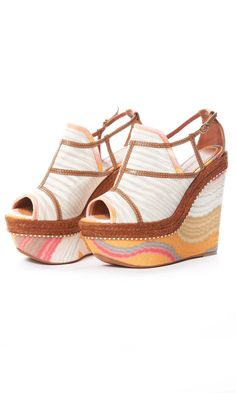MISSONI Peep Toe Platform STOP SOMEONE GIVE ME SOME #Wedges #2dayslook #Wedgesfashion www.2dayslook.com