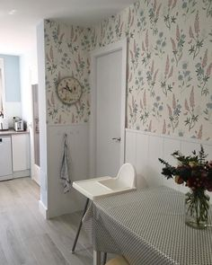 Sweet Home, Kitchen, Instagram, Kitchen Dining, Home Furniture, Kitchen Design, Sunroom Kitchen, Cooking, House Beautiful